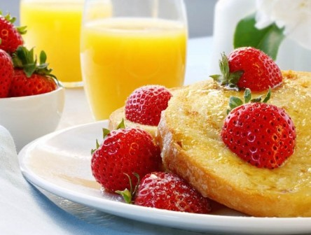 brunch with French Toast with Strawberries