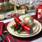 Red theme Christmas dinner table setting