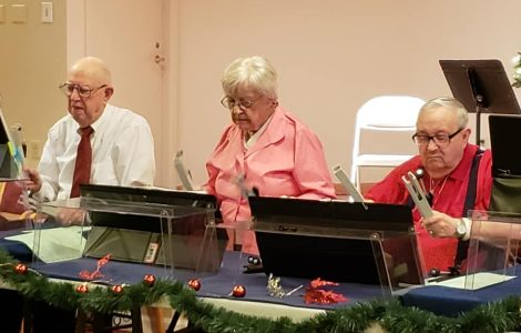 Silvertones Bring Holiday Cheer to The Fountains